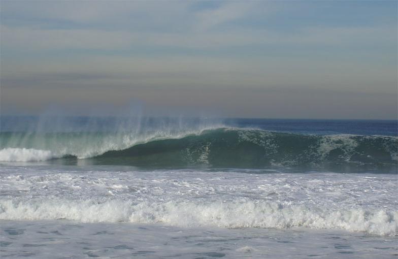 Redondo - The Breakwater surf break