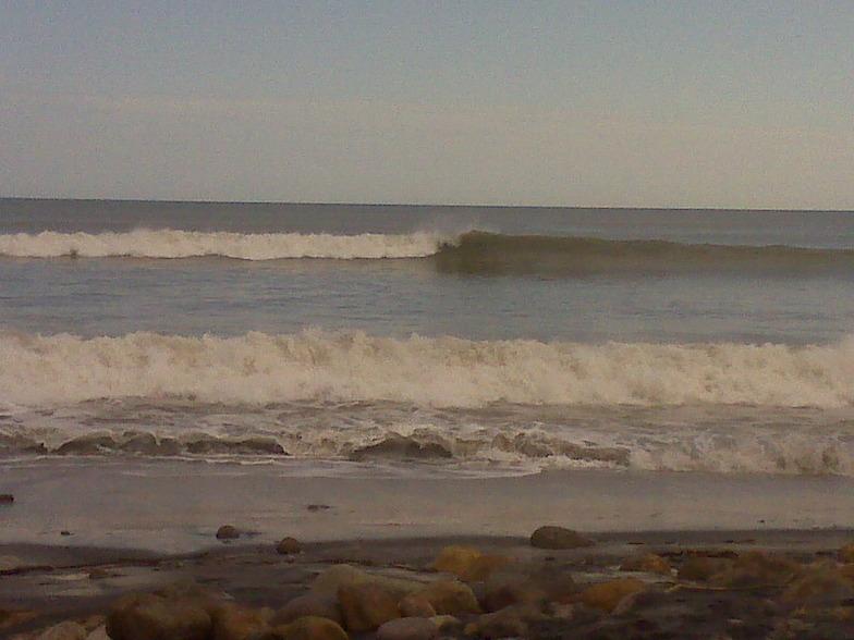 Esmeralda surf break