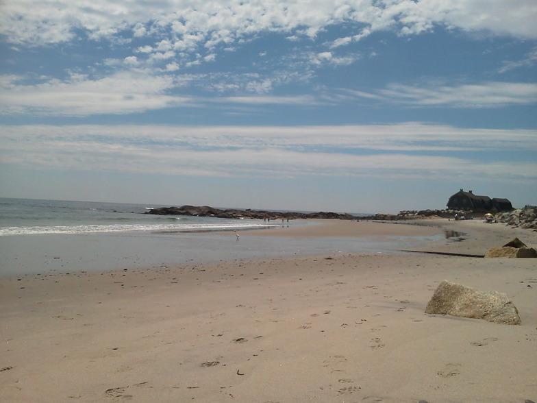 Fortunes Rocks Beach surf break