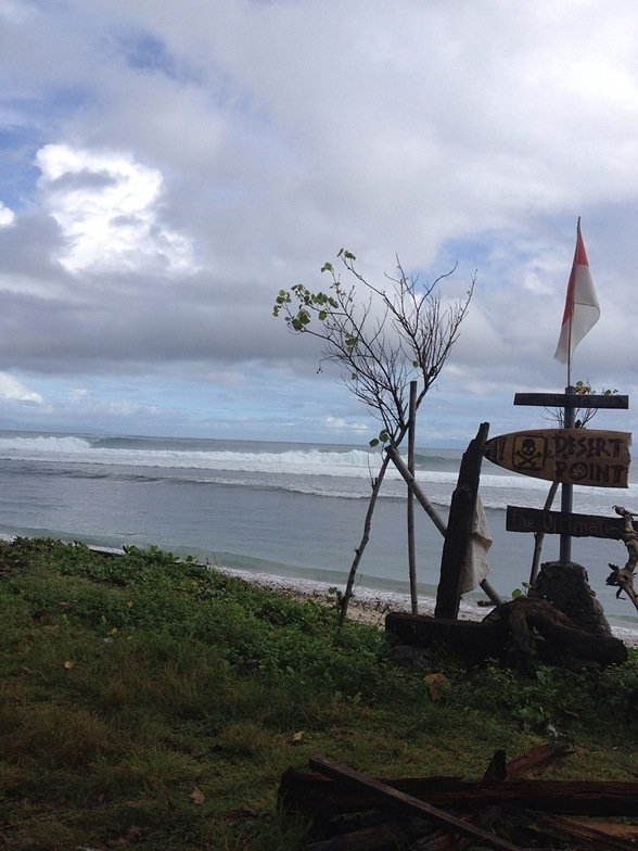 Desert Point (Bangko-Bangko) surf break