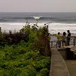 a surfear en san vicente, isla de madeira, Faja da Areia