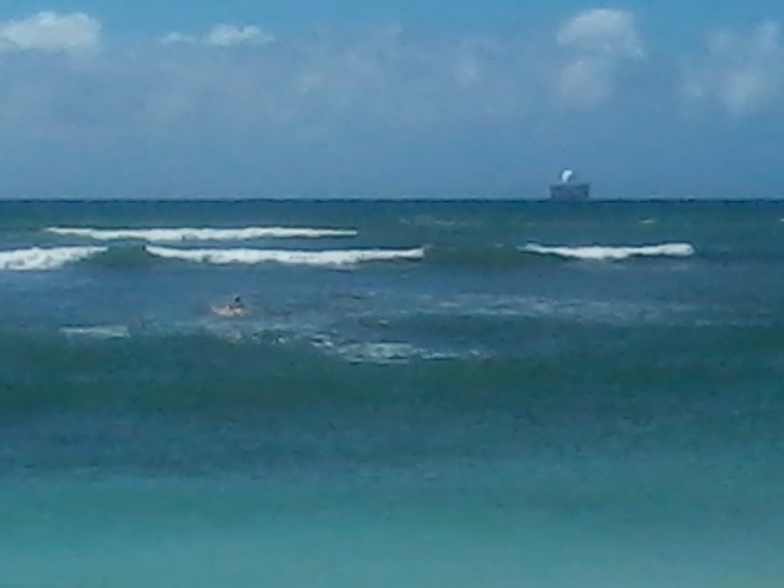 Ewa Beach Park surf break