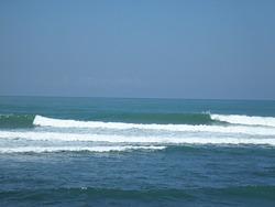 Bacnotan, best surf on coast today, Darigayos photo