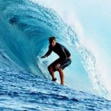 Dolphin open boat surf trip 2013, Colas (Cokes)