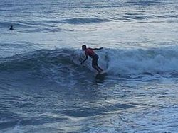 surf local, Playa Teta photo