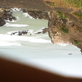 Wave break, Muriwai Beach