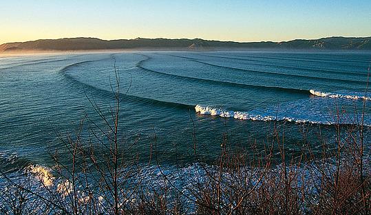 Tracks surf break