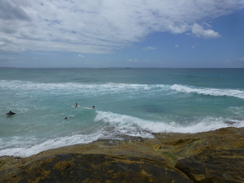 North Stradbroke-Cylinders surf break