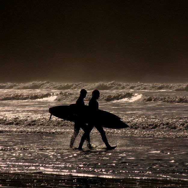 Rhossili surf break