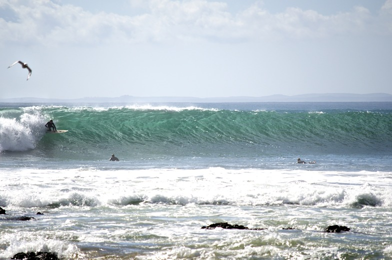 Shipwreck Bay-Supertubes surf break