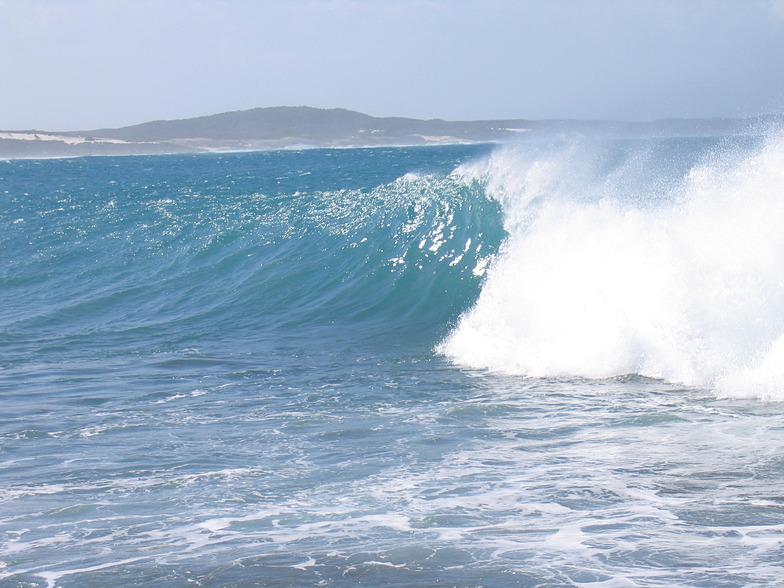 Cheynes Point surf break