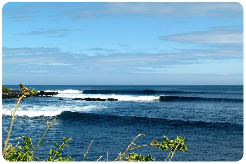 Tongo Reef surf break
