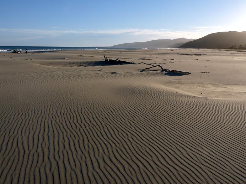 Vast expanse of sand at Herbertville
