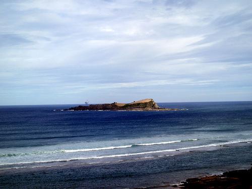 Isla de Izaro surf break