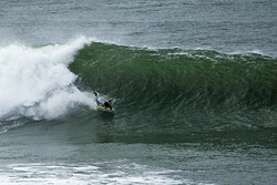 Gone left..., Steamer Lane-Middle Peak photo
