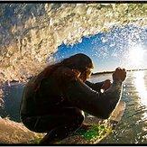 Catchin' a tube, Ventura Point